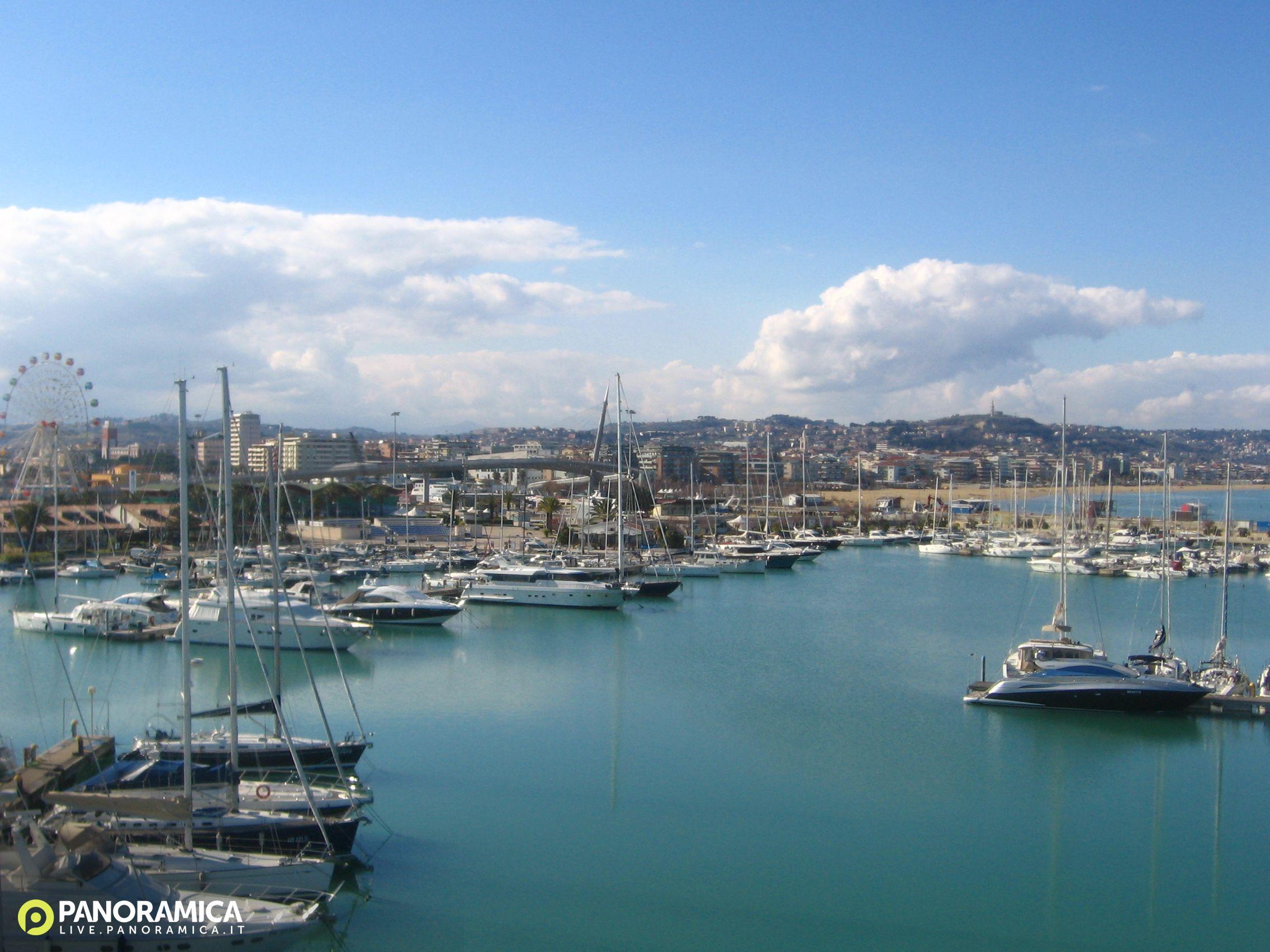 Pescara Camera Live : Pescara live panoramica foto del