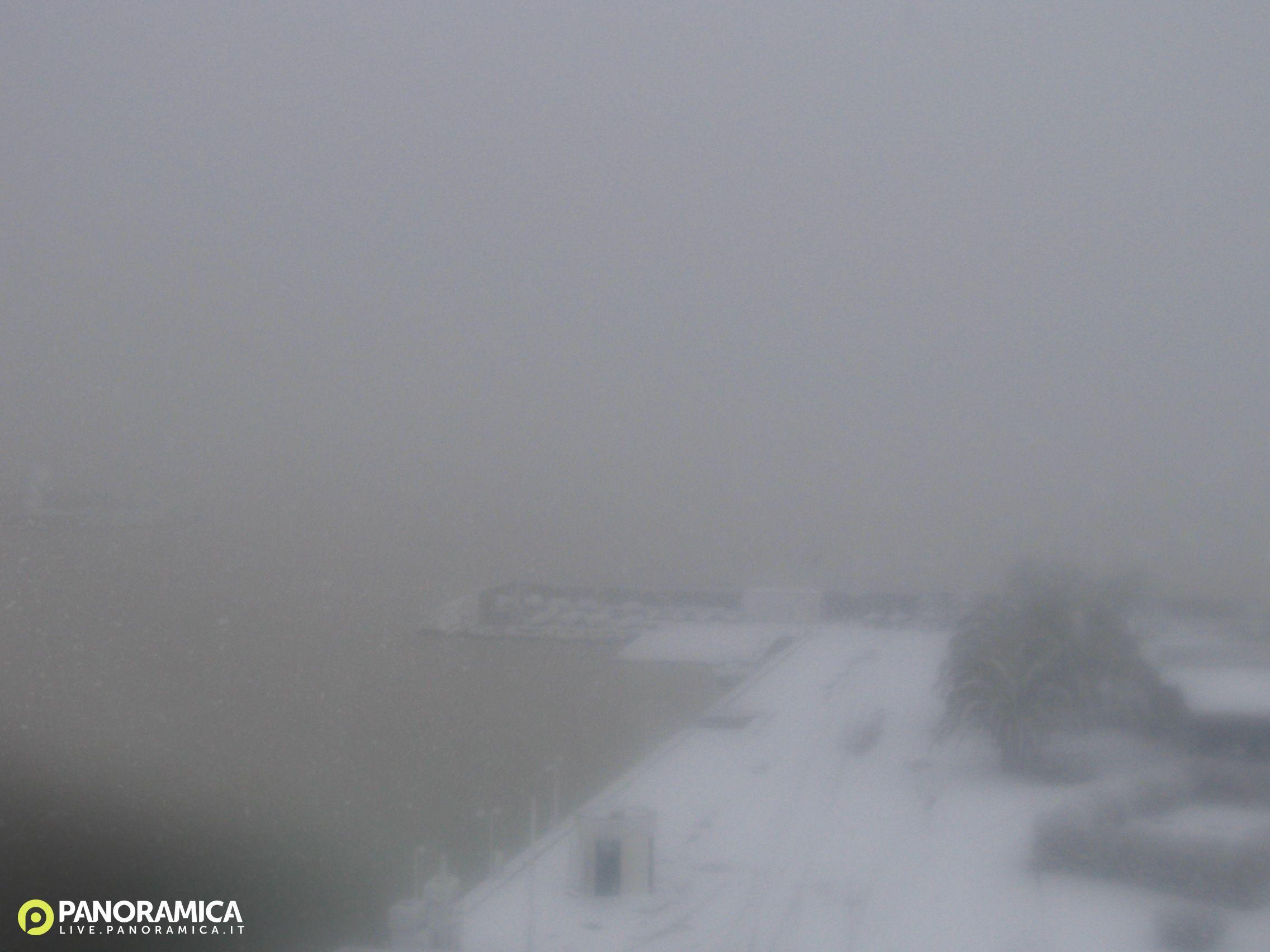 Pescara Camera Live : Pescara live panoramica.it: foto del 26 02 2018 10:00